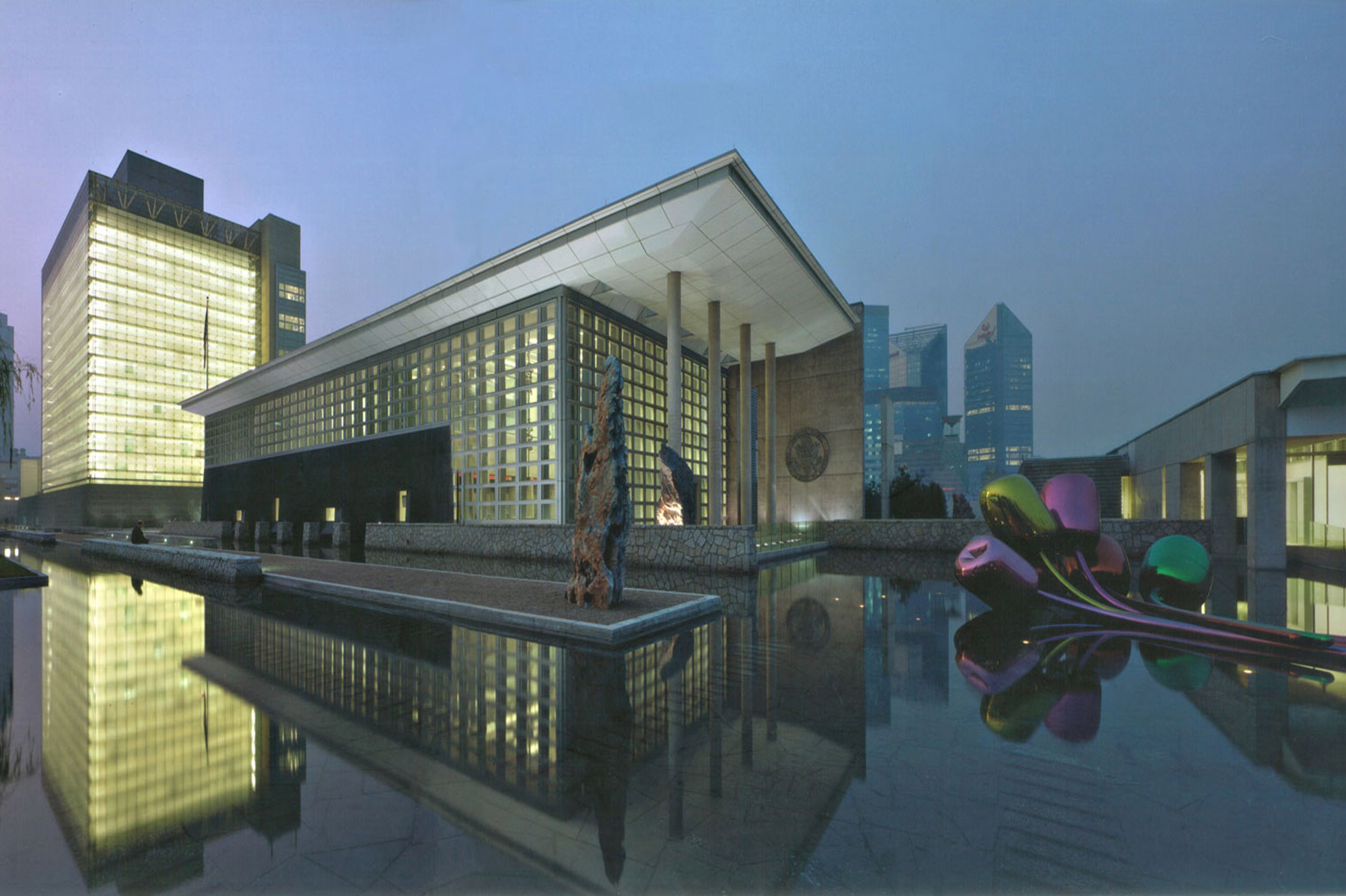 Read about zachry 39 s beijing u s embassy building project for Consul building